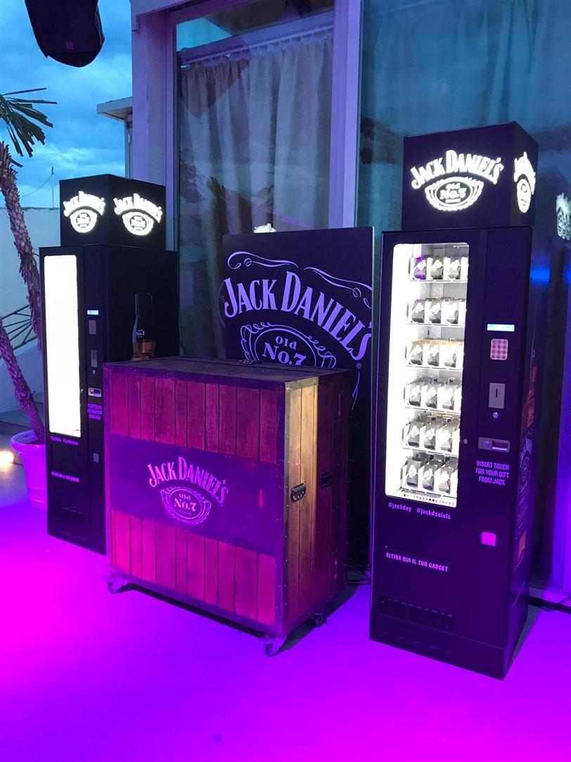 Jackdaniels Adimac Vending machines