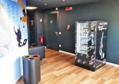 Adimac AD6_custom vending machine