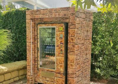 Adimac Ulisse_custom vending machine Gardaland