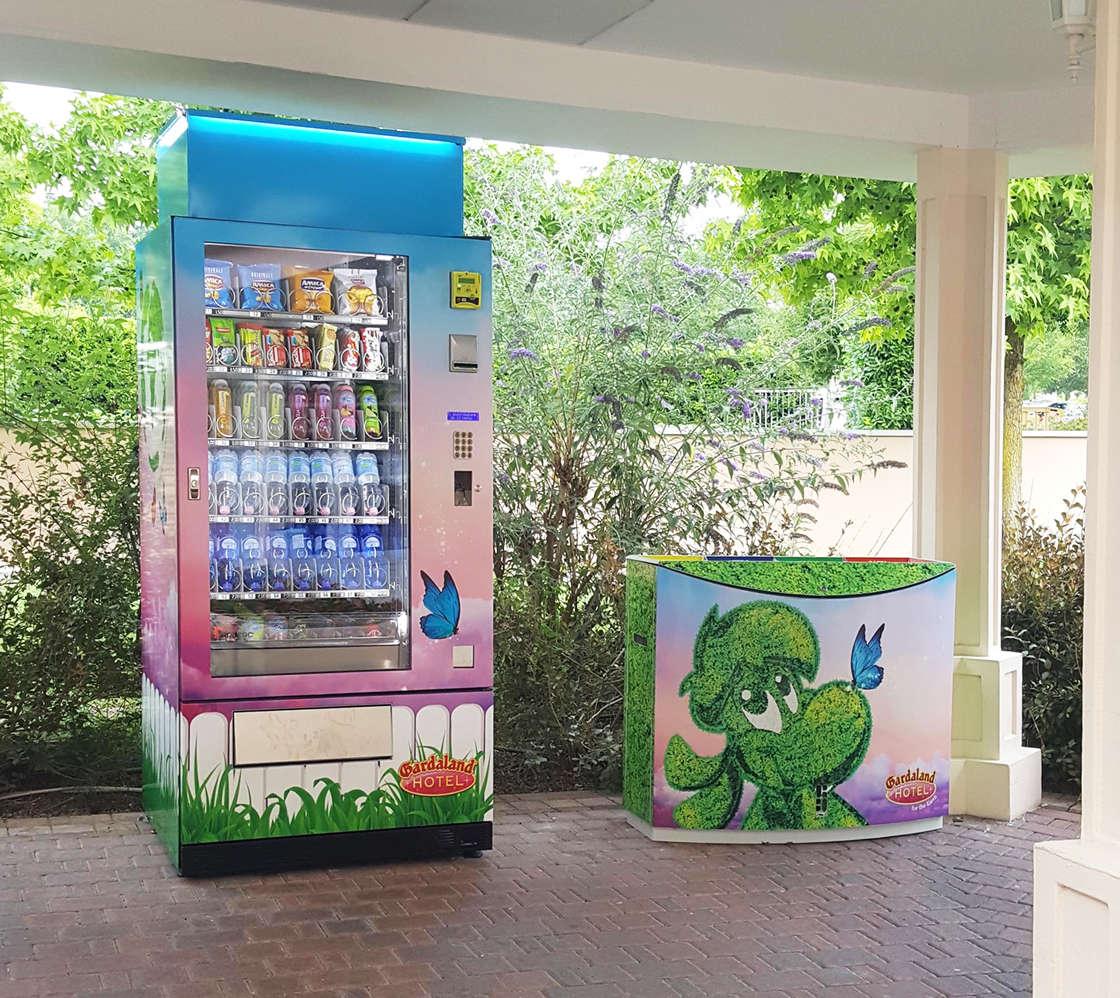Adimac-Ulisse_custom-vending-machine-Gardaland(1)